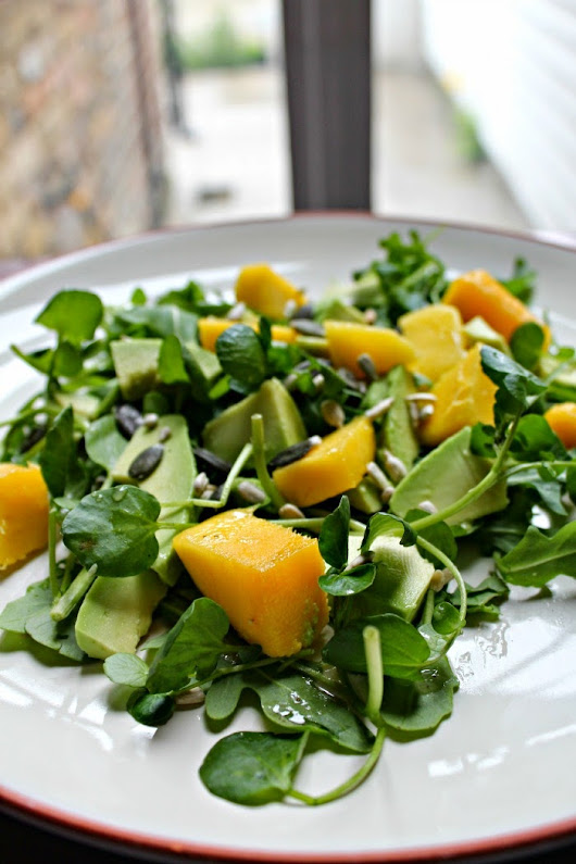 MANGO AND AVOCADO SALAD WITH A BAOBAB DRESSING