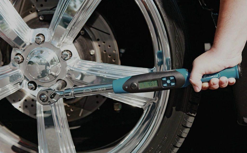 Nguyên nhân chính gây ra hiện tượng rung tay lái gây nguy hiểm trong quá trình lái xe