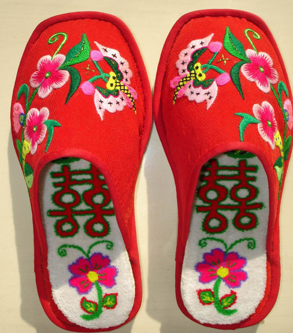 Lead To China Tours: Traditional Chinese Embroidery Shoes