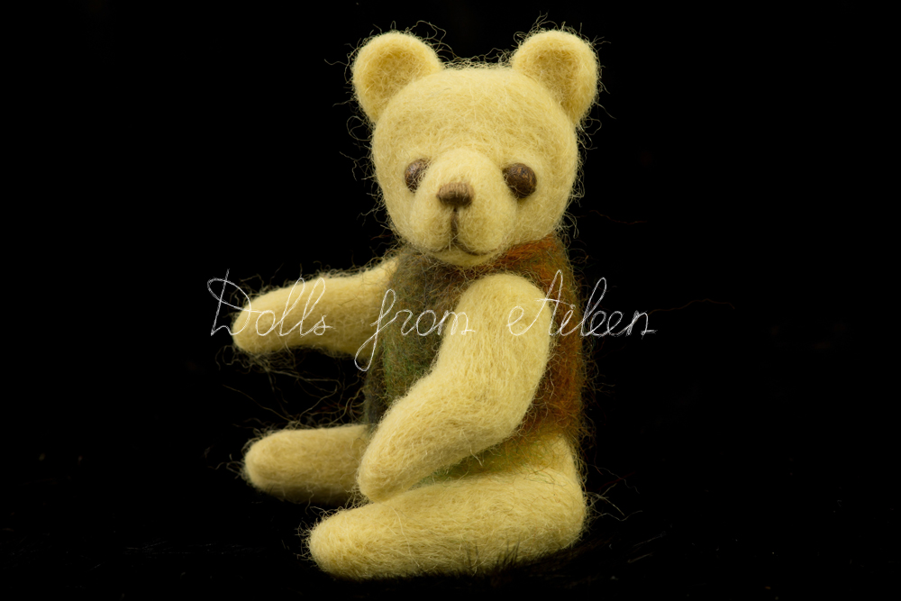 ooak needle felted teddy bear posing for camera