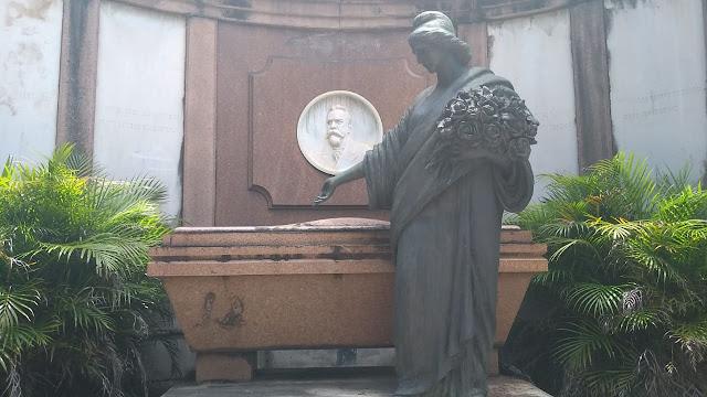 Túmulo do presidente Campos Salles