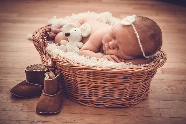 6 Inspirasi Kado untuk Bayi Baru Lahir yang Bermanfaat