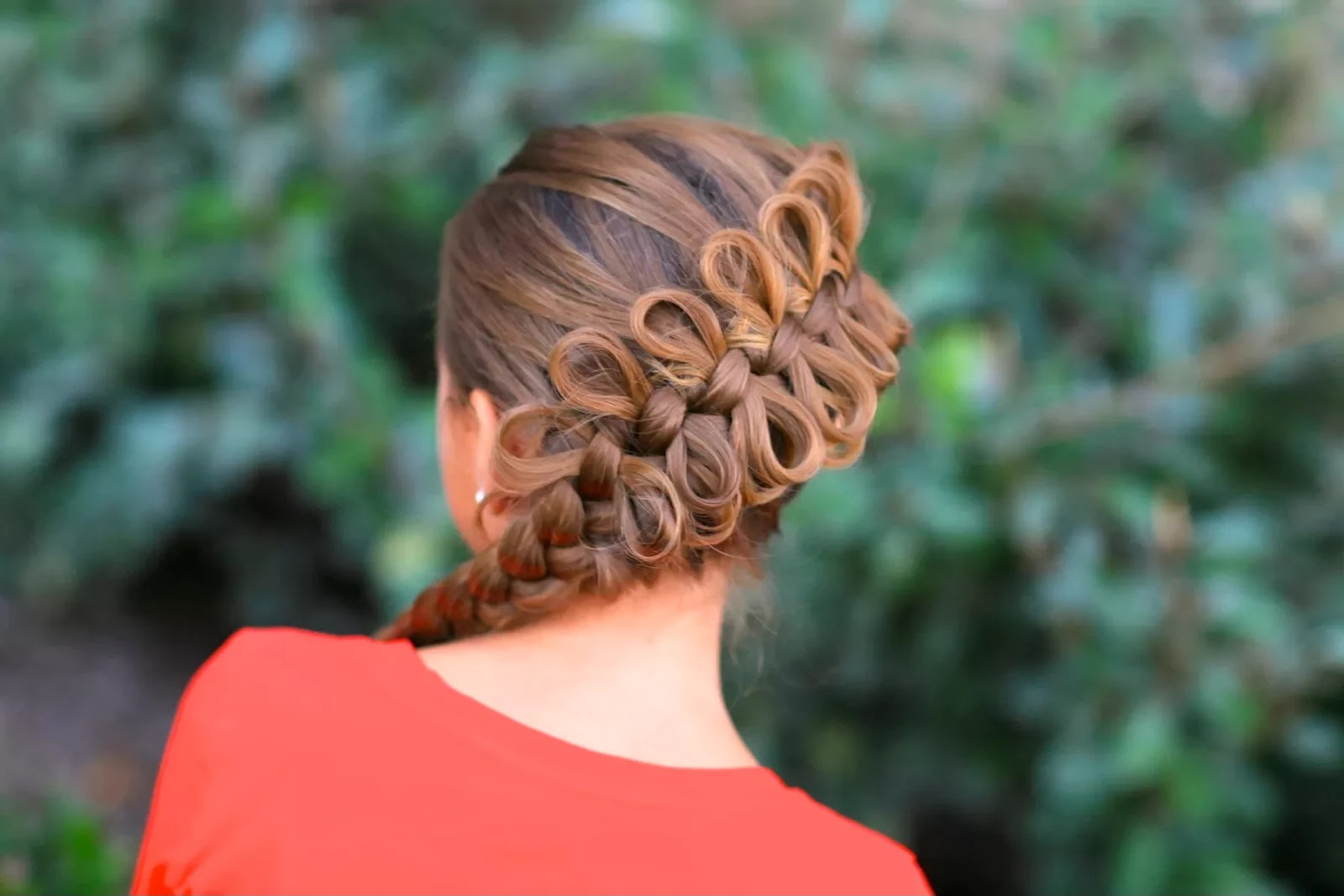 Women Fashion Updates: Diagonal Bow Braid Hairstyle For Girls