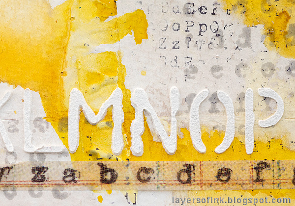 Layers of ink - Yellow Textured Background Tutorial by Anna-Karin Evaldsson.