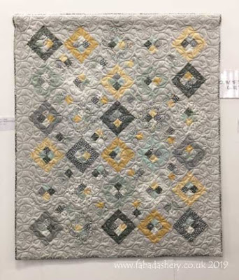 'Happy's Quilt' made by Lorna Henshaw, quilted by Frances Meredith at Fabadashery Longarm Quilting