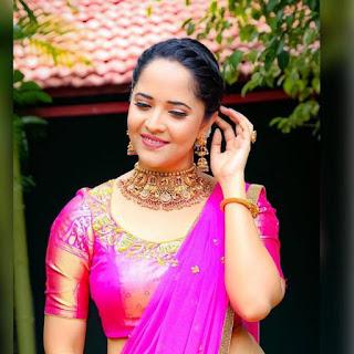 Indian TV Girl Anasuya Bharadwaj Stills in Traditional Pink lehenga Choli (5)