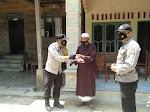 Polsek Birem Bayeun Sembelih Hewan Qurban dan Bagikan Ke Masyarakat
