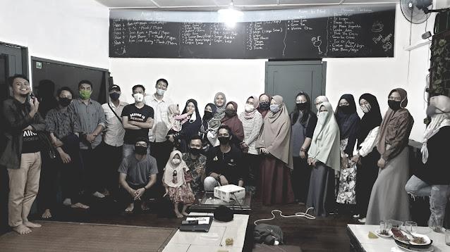 DURIAN (Diskusi Ringan Anak Medan) dari Komunitas Blog M Blogger Medan.