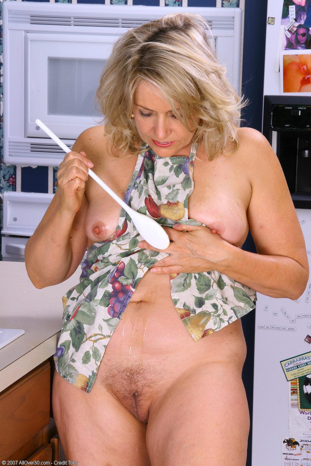 women Leah mature