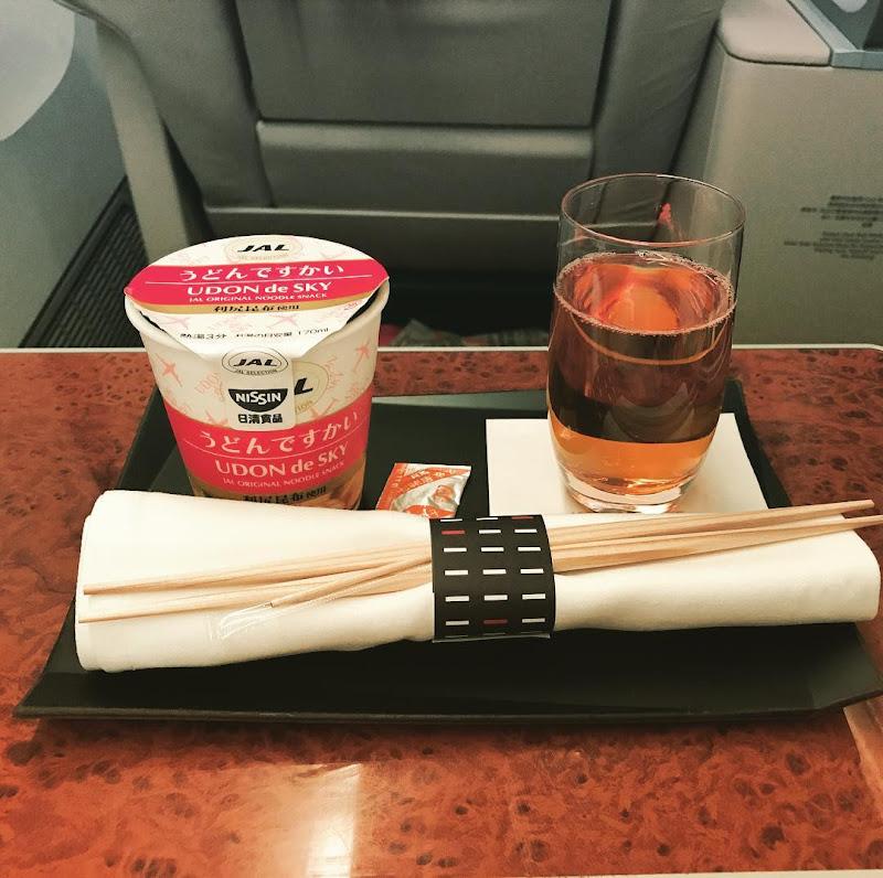 2017年9月下旬:JAL918(JL918) 沖縄=東京・羽田 国内線ファーストクラス搭乗時の機内食内容