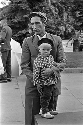 http://constantinemanos.com/russians-1965/