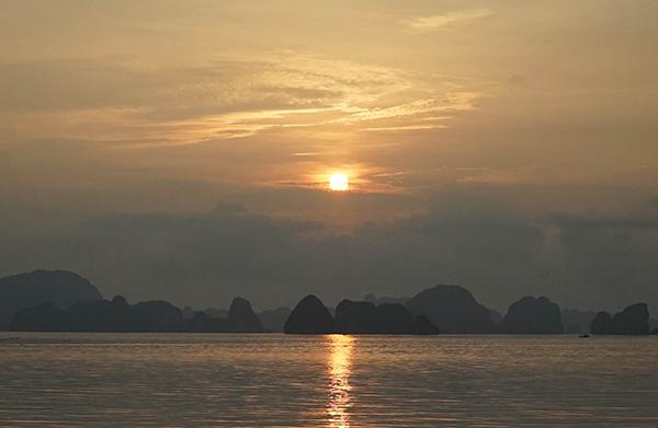 Huit expériences à essayer sur la baie de Lan Ha