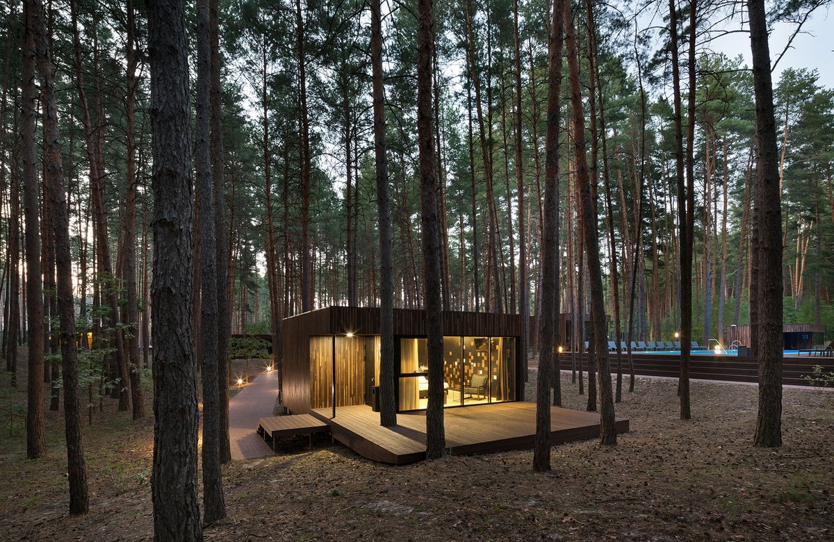 08-Outside-Building-at-Night-YOD-Design-Lab-Architectural-Guest-Houses-in-the-Forest-www-designstack-co
