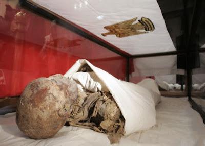 Αιγυπτιακή μούμια δώρο Νάσερ σε Μακάριο βρέθηκε σε αποθήκη