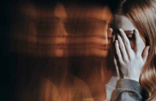 Schizophrenia,Schizophrenia : Types,Symptoms,Causes and Treatment