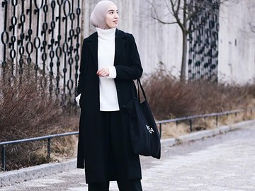 2. You can't never go wrong with black long outer
