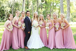 Most-bridesmaid-dresses-that-will-make-you-gasp-3