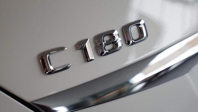 Logo Mercedes C180 2020