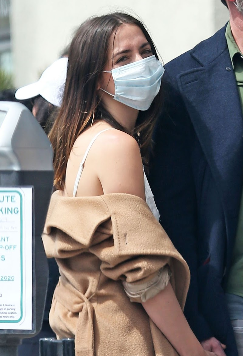 Ana de Armas and Ben Affleck  At Los Angeles 18 Apr-2020