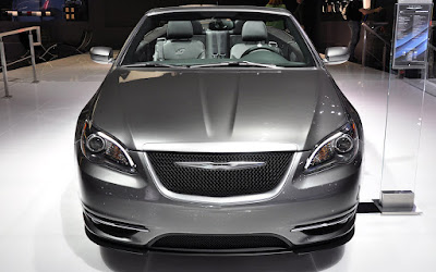 Chrysler 200 Sedan front look Hd Pictures