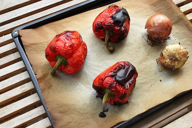 Ζυμαρικά με Κρέμα Κόκκινης Πιπεριάς