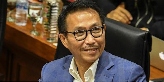 Heran Ketua Komisi III DPR Bisa Dapat Jatah Kuota Bansos, Muslim Arbi: Apa Karena Mensosnya Juga Dari PDIP?