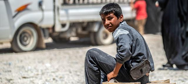 Un niño fotografiado en el campamento de refugiados de Al-Hol en el noreste de Siria.UNICEF/Delil Souleiman
