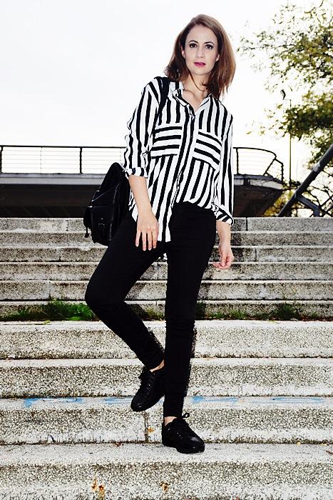 Outfit-blanco-negro-camisa-rayas-7