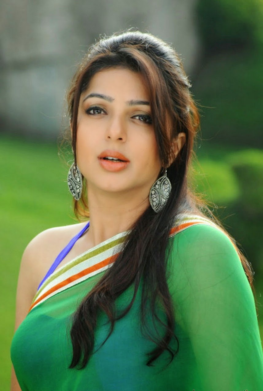 Indian Hot Actress Bhumika Chawla