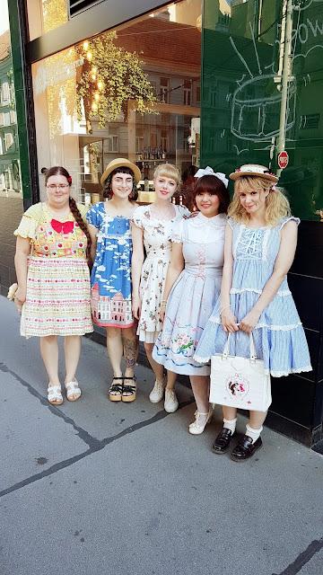 lolita group, picture, lolita fashion, eglcommunity, auris lothol