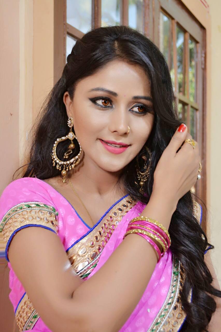 Shikha Mishra Wiki, Biography, Age, Family, Filmography