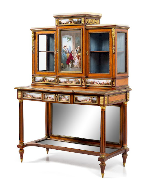 Hindman Auction of Fine Furniture, Decorative Arts & Silver