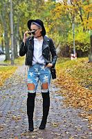 http://www.karyn.pl/2016/11/kapelusz-i-jeansy-w-gwiazdki.html