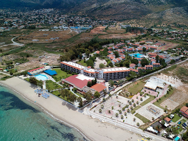 Nestled on the beach, this Marathon resort is within 3 mi (5 km) of Marathon Tomb, Archaeological Museum of Marathon, and Monastery of Saint Ephraim.