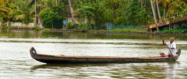 Shikara, embarcación de Kerala