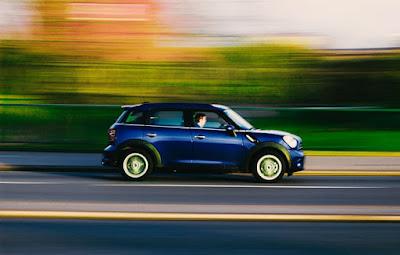 bağıl hız örneği, hareket eden araba,