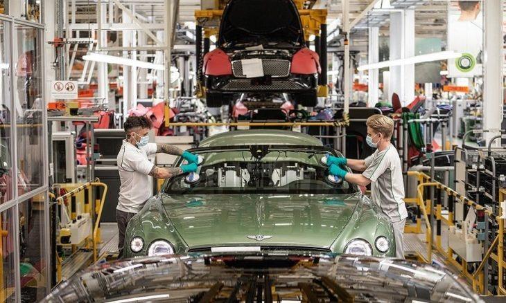"""Compañías automotrices le dirán adiós al """"olor a auto nuevo""""; es nocivo para la salud"""