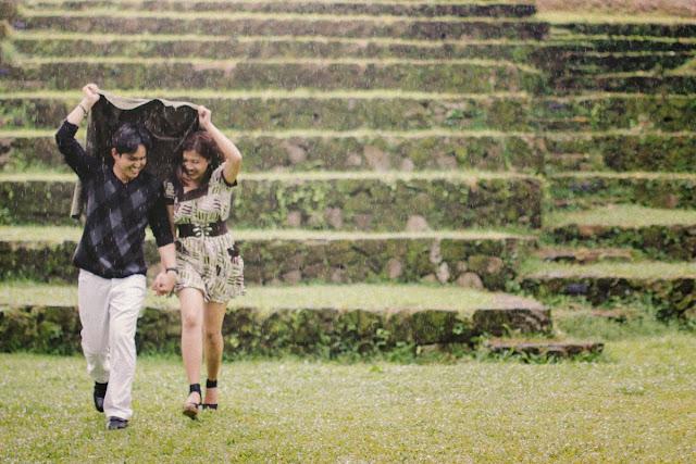 ideias de fotos de casal na chuva tumblr