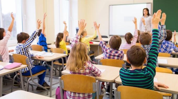 """A román kormány még nem tudja, hogy mit kezd a gyerekek """"szexuális nevelésével"""""""