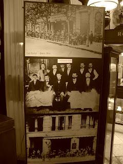 Fotos Antigas no Café Tortoni, em Buenos Aires