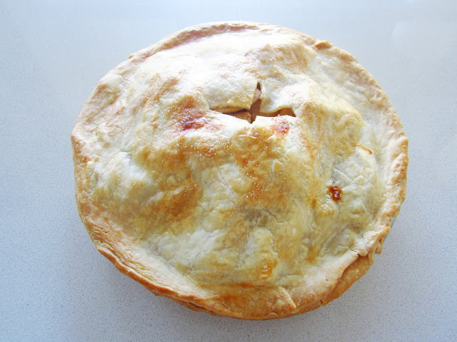 finished apple pie