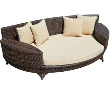 Love Sofa / Day Bed Brown All Weather Synthetic Outdoor Rattan Garden Furniture Lounger, Round Outdoor Daybeds UK, Outdoor Daybeds UK, Daybeds UK, Outdoor Daybeds at Amazon.co.uk, Amazon.co.uk, Best Outdoor Daybeds, Outdoor Furniture, Quality Outdoor Daybeds,