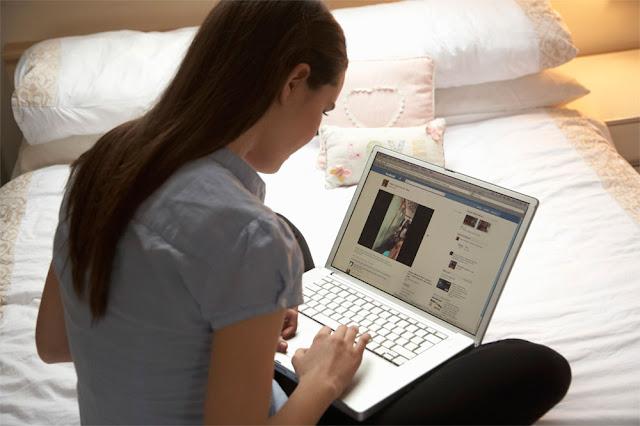 Stalking on Sosial Media