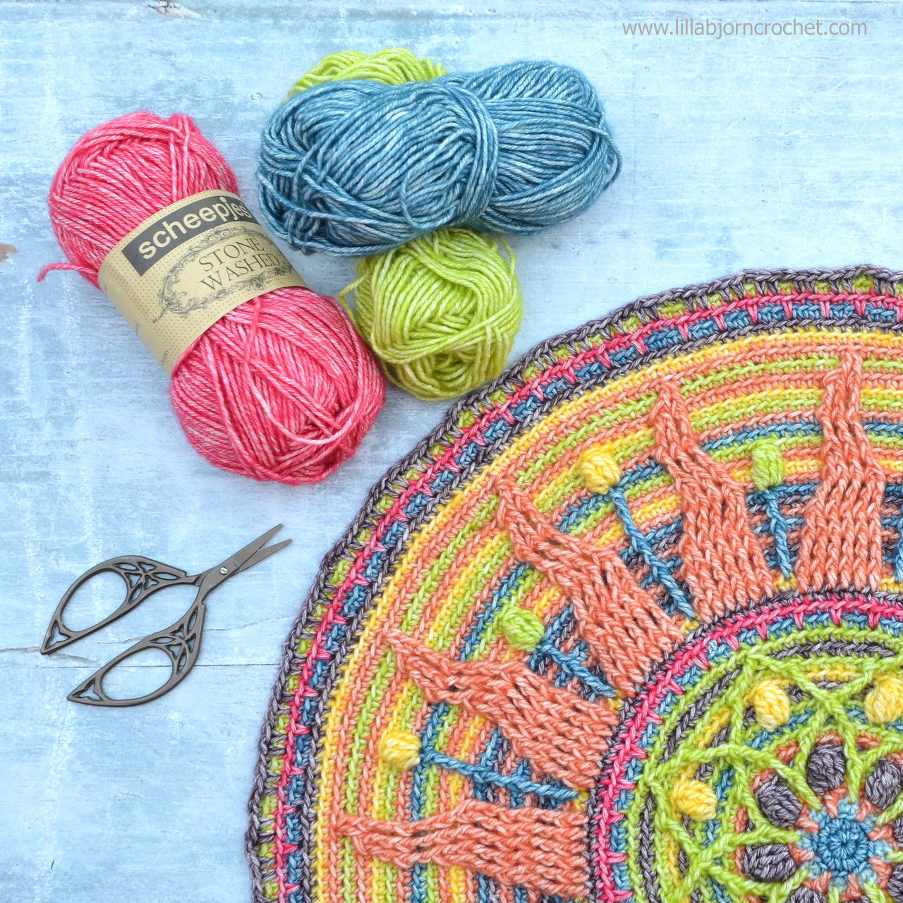 Sunny Mandala - overlay crochet pattern - original design by www.lillabjorncrochet.com