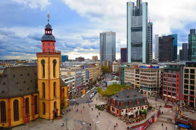 Things to do in Frankfurt Germany: view of Frankfurt City Centre from above