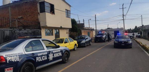 Recuperan auto robado policías de Cholula