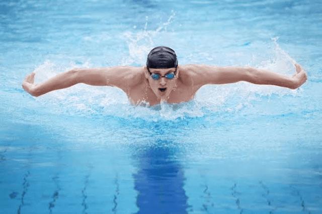 Yuk Cari Tahu Apa Saja, 8 Manfaat Berenang Bagi Pria