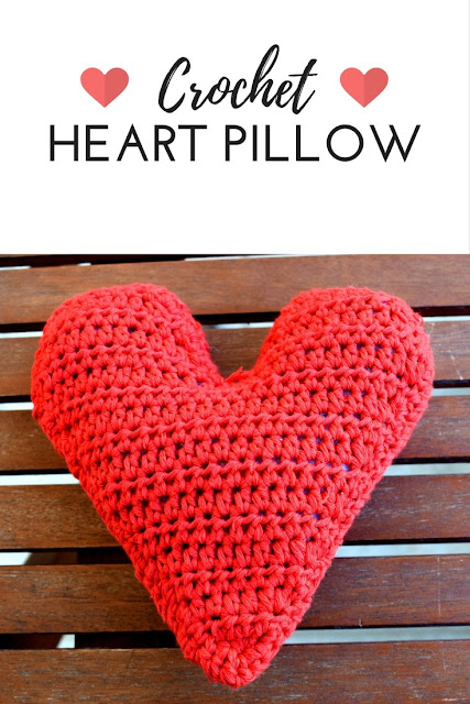 crochet pillow heart valentines