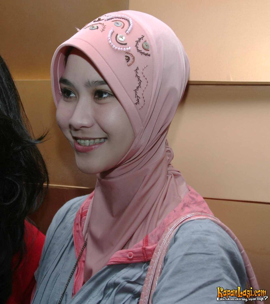 Parlementaria Online: Zaskia Adya Mecca