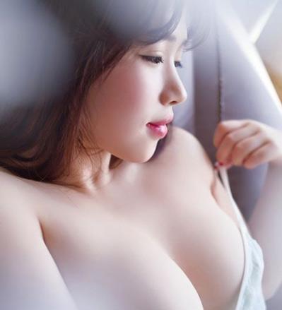Nâng ngực bằng nội soi